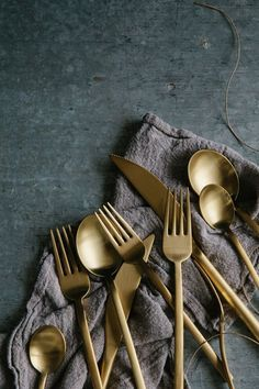 Impress at any dinner occasion with brass cutlery. For a stand out tabletop, create a Moroccan theme and pair with bright patterned crockery.