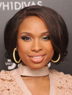 Bob hairstyles are all the rage right now. Check out these celebrity bob hairstyles, along with how-tos, so you can steal their bob hairstyles. Bob Hairstyles For Thick, Black Women Hairstyles, Cool Hairstyles, Bob Haircuts, Drawing Hairstyles, Haircut Bob, Woman Hairstyles, Hairstyles Pictures, Latest Hairstyles