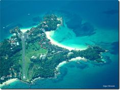 Isla Contadora (Contadora Island)is a Panamanian island on the Pearl Islands archipielago in the Gulf of Panama. Contadora was the island where the Spanish counted the pearls that were harvested from the other islands in the archipielago, hence the name of the island.