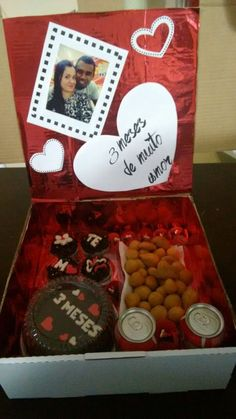 Presente para namorados / festa na caixa / mêsversario / aniversário de namoro / amor