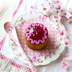 Vaahtokarkit   Reseptit   Kinuskikissa Desserts, Food, Kawaii, Tailgate Desserts, Deserts, Essen, Postres, Meals, Dessert