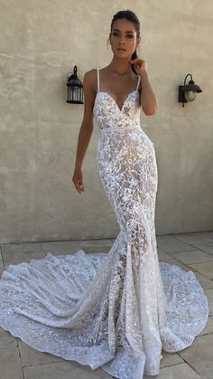 46 Amazing Vintage Wedding Dress Ideas wedding themes can permit the decorations to include roses. You're able to observe that Kerala weddings are also rather intriguing […] Western Wedding Dresses, Best Wedding Dresses, Bridal Dresses, Wedding Gowns, Wedding Themes, Beach Theme Wedding Dresses, Beach Gowns, Couture Dresses, Wedding Venues