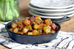These garlic home fries are crispy on the outside, creamy on the inside and extremely addictive. Large Fries, Home Fries, Cooking For Two, Side Recipes, Potato Recipes, Sweet Potato, Breakfast Recipes, Garlic, Brunch
