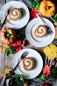 Learn how to make pumpkin roll, an easy Thanksgiving dessert, completely from scratch! Family and friends will be impressed with this elegant dessert. Thanksgiving Dinner Recipes, Fall Dessert Recipes, Great Desserts, Fall Desserts, Dessert From Scratch, Cake Recipes From Scratch, Pumpkin Pie Bars, Pumpkin Dessert, Classic Desserts