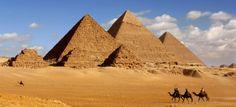 Piramidele de la Giza