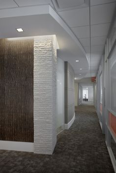 TorZo Tiikeri wall panels in corporate office designed by HOK. Corporate Office Design, Office Interior Design, Office Interiors, Corporate Offices, Textured Wall Panels, Plan Design, Design Ideas, Office Floor, Lobby Design