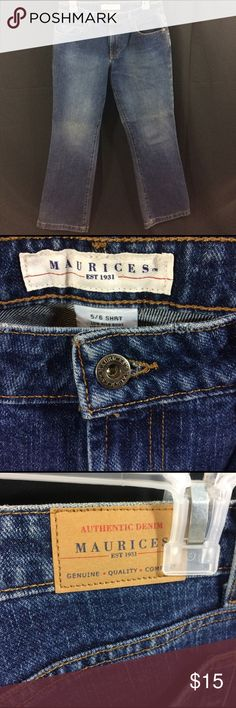 Maurices 5/6 short low rise boot cut jeans Excellent condition Maurice's size 5/6 short blue jeans. Low rise and boot cut. Waist : 15 ; inseam : 28 Maurices Jeans Boot Cut