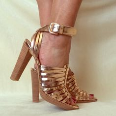 Stuart Weitzman Rose Gold Leather Heels.  NIB Stunning genuine leather mirror finish rose gold heels.  These are to die for!!  Stacked heel and genuine leather sole and upper.  Wrap around ankle straps with buckle.  They'll make you shine this summer ✨☀️ Stuart Weitzman Shoes Heels