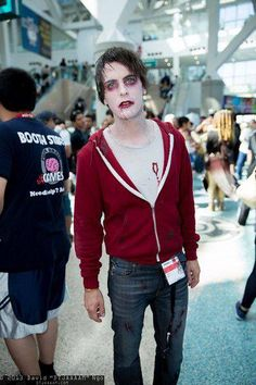 R you kidding me...oh see what I did there?!? Love Warm Bodies!!!