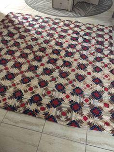 Antique Vintage Handmade Large Farmhouse Rescue Quilt PIneapple x Old Quilts, Antique Quilts, Vintage Quilts, Pineapple Quilt Pattern, Log Cabin Quilts, Log Cabins, Bonnie Hunter, Patriotic Quilts, Textiles