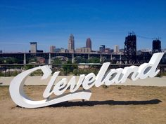 Cleveland sign overlooking the flats. A view of downtown from the southwest Cleveland Rocks, Downtown Cleveland, Cleveland Indians, Oh The Places You'll Go, Places To Travel, Pfaff, The Buckeye State, Road Trippin, Usa