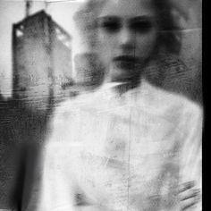 Surreal photography by Antonio Palmerini. Blur Photography, Surrealism Photography, Conceptual Photography, Portrait Photography, Sequence Photography, Experimental Photography, Abstract Photography, Artistic Photography, The Dark Side
