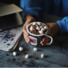 "By:@1nx_ Choose by:@fatimahmajed1 - نحن من نصنع غرور البعض .. لأننا نعطي قيمة لمن لا قيمةَ له ."" Coffee Cookies, Breakfast, Instagram Posts, Food, Morning Coffee, Coffee Biscuits, Essen, Meals, Yemek"