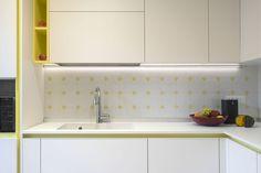 Ristrutturazioni: come trasformare una cucina classica in moderna Kitchen Cabinets, Decor, Kitchen, Home, Cabinet, Home Decor