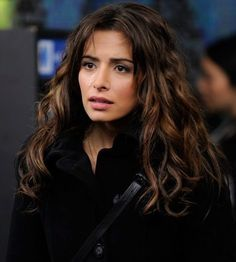 Sarah Shahi Person of Interest Brunette Actresses, Hot Actresses, Beautiful Celebrities, Beautiful Actresses, Beautiful Ladies, Beautiful People, Amy Acker, My Hairstyle, Hairstyles