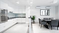 Modern, L-shaped kitchen counter transfer L Shaped Kitchen, White Kitchen, Kitchen Counter, Kitchen, White Modern Kitchen, White