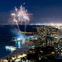 Friday night fireworks on Waikiki Beach, Honolulu- a fun free show in front of the Hilton.