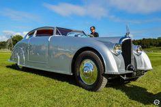 #Avion #Voisin #C28 #Aerosport à #Chantilly Arts et Elégance. Reportage complet : http://newsdanciennes.com/2015/09/07/grand-format-chantilly-arts-et-elegance/ #Classic_Cars #Vintage #Cars #Voiture #Ancienne