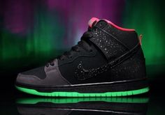 outlet store sale e7ea0 6131a Nike SB Dunk High Premium Glow-In-Dark