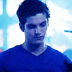 Daniel Sharman- Isaac Lahey on Teen Wolf (gif) <3 | via Tumblr