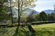 Wunderschön so früh am morgen am Golfplatz Kitzbühel Schwarzsee Golf, Mountains, Nature, Travel, Alps, Acre, Nice Asses, Naturaleza, Viajes
