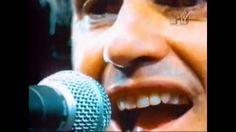 Caetano Veloso - Sozinho (Acústico)