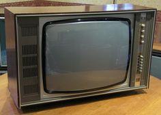 Vintage CT7052 - Single Standard 625 Lines - Colour TV