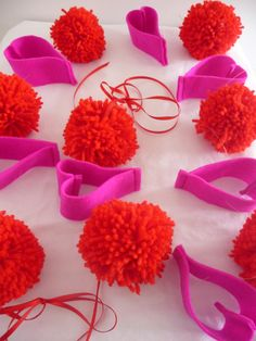 500 Pieces Valentines Glitter Pom Poms Red Pink Fluffy Pom Balls Craft Pompoms for Valentines Day DIY Supplies 0.6 Inch and 0.8 Inch 0.4 Inch