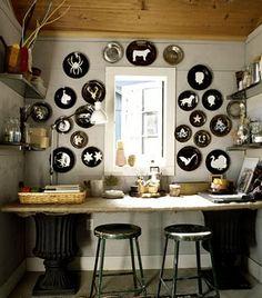 love the modern silhouette wall decor