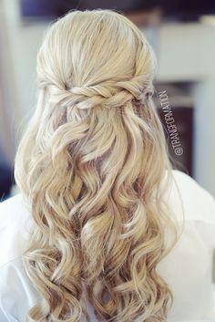 Half up half down, bridal hair, wedding hair, bride, wedding hairstyles