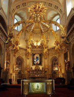 Main altar Quebec Basilica in 2013 was open the seventh sacred gate in the world the only one in Notrh America Quebec Montreal, Old Quebec, Quebec City, Cathedral Basilica, Cathedral Church, Chute Montmorency, Chateau Frontenac, Le Petit Champlain, Church Interior