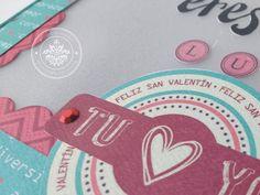 AÚN PUEDES CREAR ALGO BELLO PARA ESTE 14 DE FEBRERO Te tramos un elemento decorativo tipo letrero con luz que tiene un mini álbum oculto, no te lo puedes perder, quedó increíble, checa todos sus detalles con la colección Posdata http://crea-lo-inimaginable.blogspot.mx/2016/02/eres-mi-luz.html #texturarte #scrapbook #scrapbooking #manualidades #crafting