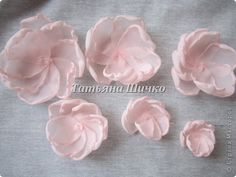 How to Make Beautiful Chiffon Rose (Master Class - Salvabrani Fabric flowers tutorial how to sew decorative fabric flowers Crafts Archives - Page 56 of 115 - DIY Tutorials Fabric Flower Pins, Making Fabric Flowers, Fabric Flower Brooch, Fabric Flower Tutorial, Organza Flowers, Lace Flowers, Flower Making, Fabric Roses, Material Flowers