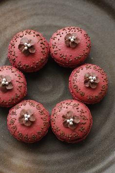 Strawberry - Chocolate French Macarons! #dessert #baking #pastries #FrenchPastries #desserts #pink
