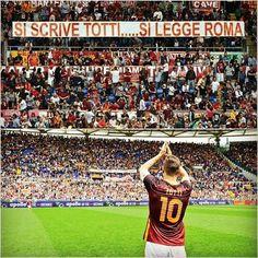 """""""Se escribe Totti y se lee Roma"""". Francesco jugó hoy su partido # 600 en Serie A. Sólo lo superan Zanetti y Maldini"""