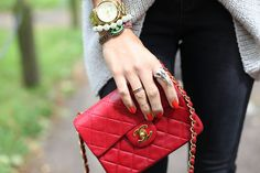 Ring My Bell:http://ashley-ringmybell.blogspot.com/#    Coco Chanel