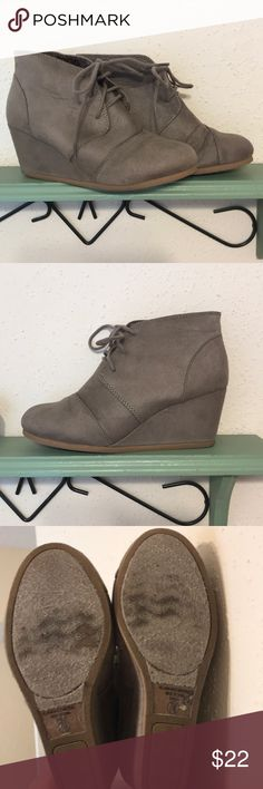 Grey Ankle Booties These grey, suede, ankle booties are gently used and very comfortable and easy to walk in. Fits as a true size 7M. Worn a handful of times and still in good condition, come from a smoke free home. Shoe Carnival Shoes Ankle Boots & Booties
