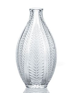 Lalique - Acacia Vase at Nielsens Gifts