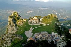 Sicily - Travel Guide and Travel Info