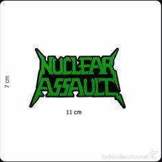 Pegatina logo del grupo Nuclear Assault