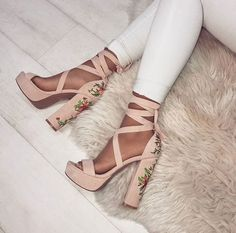 149fb3cb5af0  Embroidered  Shoes Sexy Designer High Heels High Heels Sandals