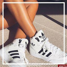 Shop our Kicks on www.heelsandkicks.in - exciting things to come! Tag #heelsandkicks in your sick kicks pics (and try to say this three times!) ☝️☝☝ #heelsandkicks #dopekicks #kicks #sneakerhead #dailysneakers #whitesneakers #namshi #dubaikicks #ladieskicks #kicksonfire #kicksoftheday #kicks0l0gy #kicksology #mydubai #dubai #dxb #sneakeraddict #sneakerholics #sneakershouts #follow  #dubaifashion #dubaiblogger