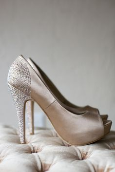 wedding shoes | Laura Jane Photography