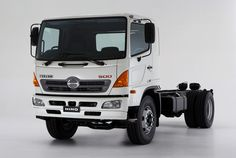 Hino 500 Medium Duty (2015)
