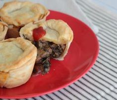 Recipe Aussie Meat Pies by Thermomix in Australia - Recipe of category Main dishes - meat