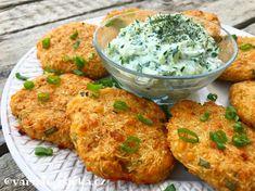 Celerové karbanátky Raw Food Recipes, Vegetable Recipes, Low Carb Recipes, Diet Recipes, Vegetarian Recipes, Cooking Recipes, Healthy Recipes, Cooking Ham, Healthy Foods To Eat