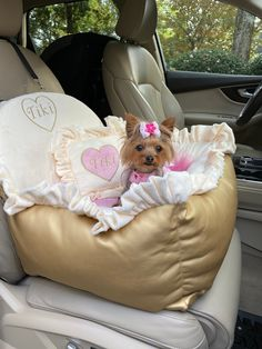 Excited to share this item from my shop: Dog car seat in gold faux leather Luxury cream and baby pink driving kit Designer dog car seat Luxury dog bed for traveling Custom car seat Custom Car Seats, Custom Cars, White Toy Poodle, Pink Dog Beds, Personalized Dog Beds, Dog Gadgets, Dog Suit, Designer Dog Beds, Puppy Beds