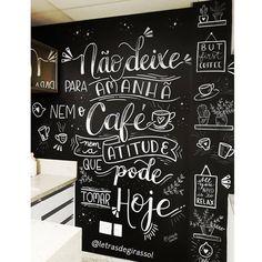 Não deixe para amanhã nem o Café, nem a atitude que pode tomar Hoje! .  Mais uma parede linda feita para a @vittacareestetica 😍😍 que por…