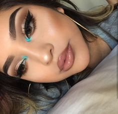 Gorgeous Makeup: Tips and Tricks With Eye Makeup and Eyeshadow – Makeup Design Ideas Makeup Eye Looks, Cute Makeup, Glam Makeup, Gorgeous Makeup, Pretty Makeup, Skin Makeup, Eyeshadow Makeup, Eyeshadows, Pop Of Color Eyeshadow