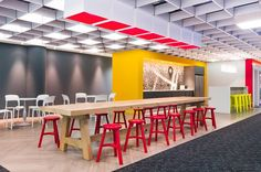 Property24, a popular South African onlineplatform that helps people find their perfect home, recently required a new head office space that reflected their fresh, energetic, dot-com brand, whilst still maintaining ... Read More